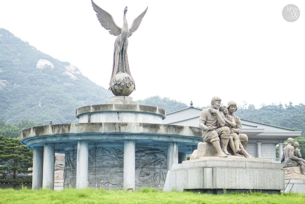Incredible Statue